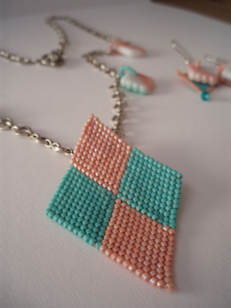 Art Deco Peachy Pendant project from Beadworkers Guild Journal, April 2010